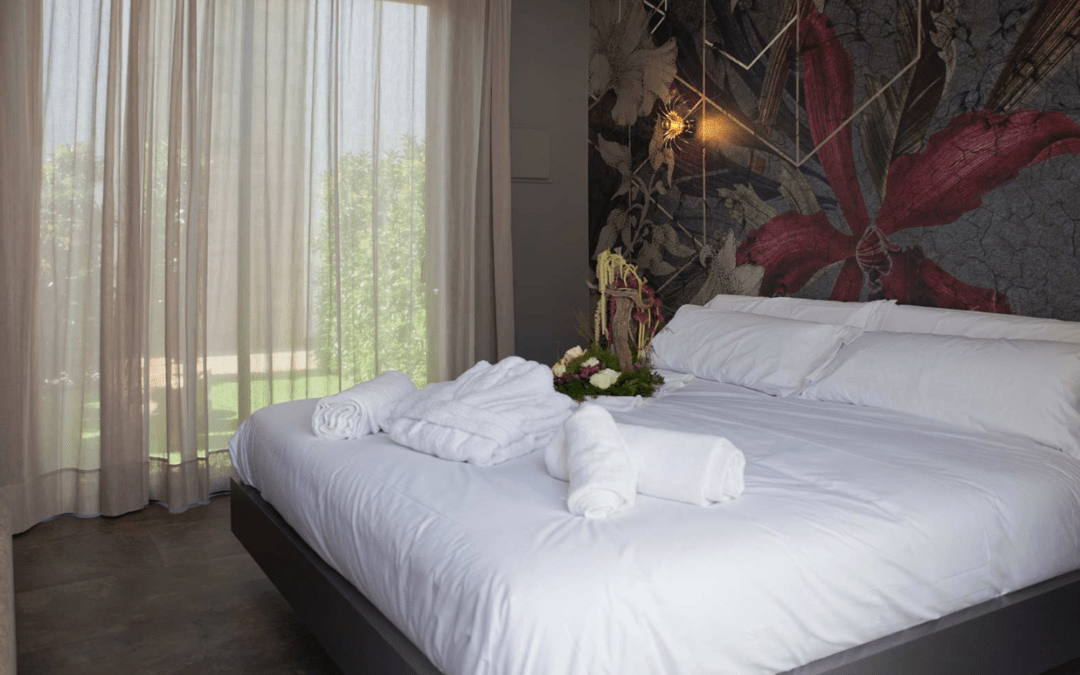 How to plan your hotel room decoration
